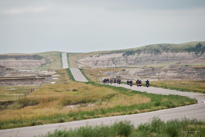 throttle-girl-lakota-ride7